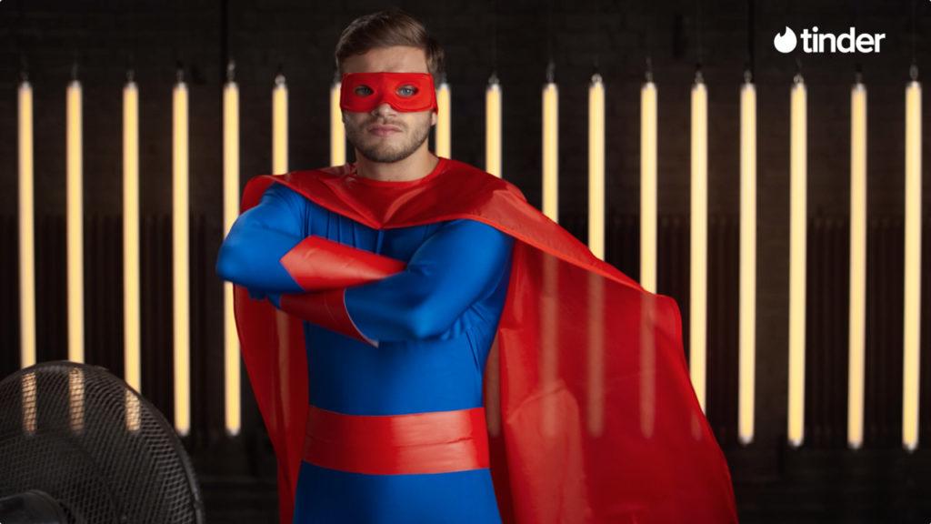 tinder: Superheld gesucht!