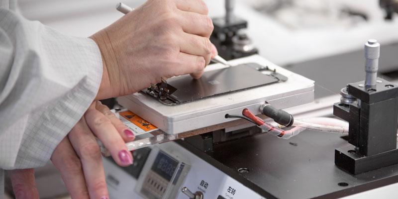 Bei den Back Market-Partnern werden alle Elektrogeräte auf Herz und Nieren geprüft.